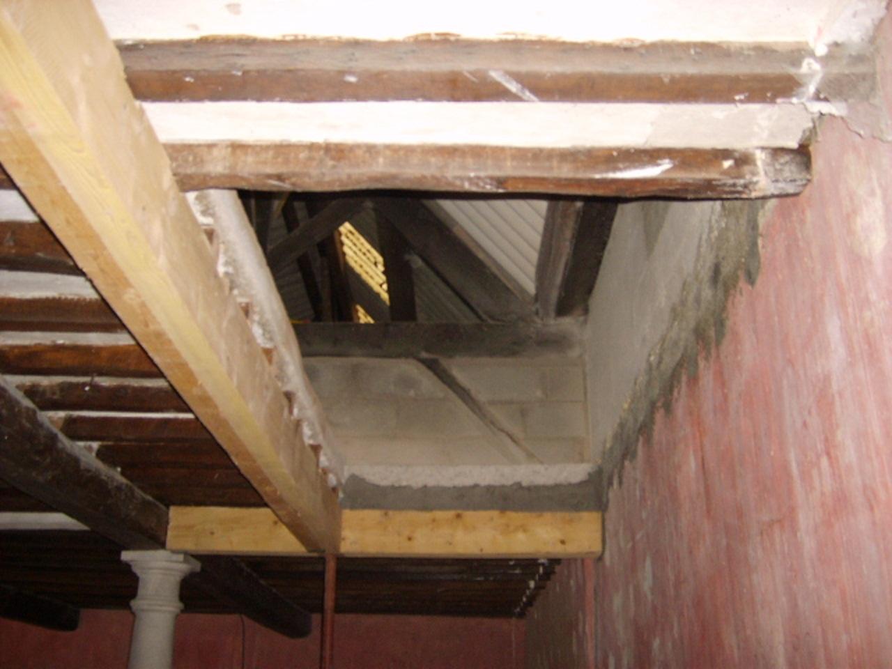 Renovation d une long re en vienne for Ouverture tremie pour escalier